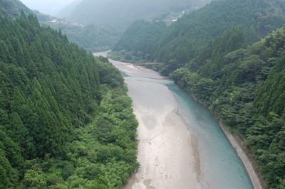 20120730shikokusenzuoohashi04